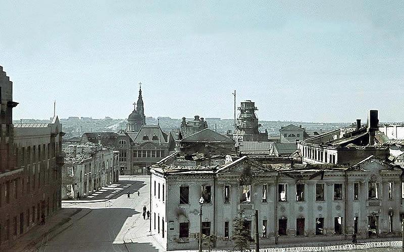 Палац пионерив 1943